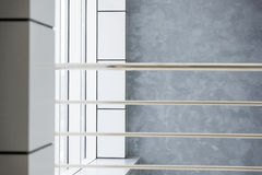 εσωτερικός σύγχρονος οικοδόμησης Στοκ εικόνα με δικαίωμα ελεύθερης χρήσης