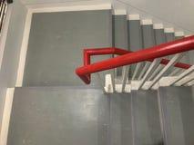Εσωτερικός τρόπος σκαλοπατιών στο κτήριο Στοκ φωτογραφία με δικαίωμα ελεύθερης χρήσης