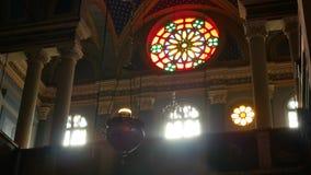 Εσωτερικό ελαφρύ παράθυρο εκκλησιών απόθεμα βίντεο
