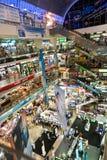 Εσωτερικό εμπορικό κέντρο Pantip Plaza για την ηλεκτρονική, σκληρός και το λογισμικό Στοκ Εικόνες