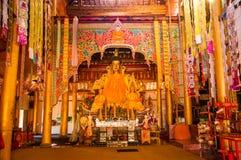 Εσωτερικό ενός βουδιστικού ναού σε Yunnan Στοκ Εικόνες