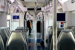 Εσωτερικό ενός τραίνου με τις άδειες θέσεις Στοκ φωτογραφίες με δικαίωμα ελεύθερης χρήσης