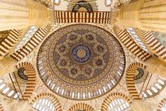 Εσωτερικό θόλων μουσουλμανικών τεμενών Selimiye Στοκ φωτογραφία με δικαίωμα ελεύθερης χρήσης