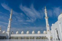 Εσωτερικό δικαστήριο στο μεγάλο Sheikh μουσουλμανικών τεμενών Al Zayed στο Αμπού Ντάμπι Στοκ εικόνα με δικαίωμα ελεύθερης χρήσης
