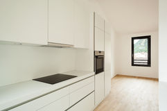 Εσωτερικό καινούργιο σπίτι, κουζίνα Στοκ Εικόνες