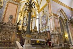 Εσωτερικό και λεπτομέρειες της εκκλησίας SAN Gregorio Armeno στη Νάπολη, Στοκ Εικόνες