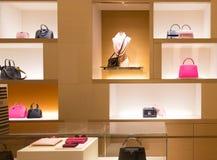 Εσωτερικό κατάστημα της Louis Vuitton στο βασιλιά της λεωφόρου της Πρωσίας Στοκ εικόνα με δικαίωμα ελεύθερης χρήσης