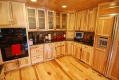 εσωτερικό κούτσουρο κουζινών σπιτιών Στοκ φωτογραφία με δικαίωμα ελεύθερης χρήσης