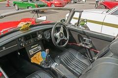 Εσωτερικό, κόκκινο MGB ανοικτό αυτοκίνητο Στοκ φωτογραφία με δικαίωμα ελεύθερης χρήσης
