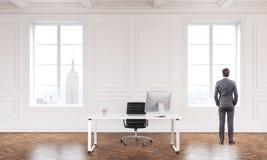 Εσωτερικό με τον επιχειρηματία Στοκ φωτογραφίες με δικαίωμα ελεύθερης χρήσης
