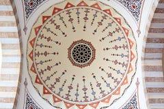 Εσωτερικό μουσουλμανικών τεμενών Suleymanye Στοκ Εικόνες