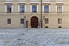 εσωτερικό παλάτι τετραγωνική Βιέννη εισόδων πορτών hofburg Στοκ Εικόνες
