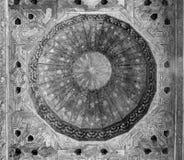 Εσωτερικό στεγών με το σχέδιο σχεδίου στη Γρανάδα, Ισπανία, Ευρώπη Στοκ Φωτογραφία
