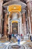Εσωτερικό της βασιλικής Αγίου Peter, Βατικανό Στοκ εικόνες με δικαίωμα ελεύθερης χρήσης