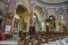 Εσωτερικό της βασιλικής του dei Martiri Angeli ε degli της Σάντα Μαρία Στοκ Φωτογραφία
