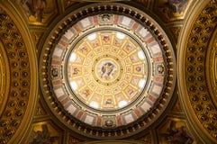 Εσωτερικό της βασιλικής Αγίου Stephen, Βουδαπέστη Στοκ Φωτογραφίες