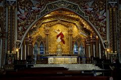 Εσωτερικό της εκκλησίας του ST George ` s Syro Malabar Forane, Edapally, Κεράλα, Ινδία στοκ εικόνες