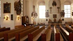 Εσωτερικό της εκκλησίας Στοκχόλμη Σουηδία απόθεμα βίντεο