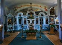 Εσωτερικό της παλαιάς ξύλινης Ορθόδοξης Εκκλησίας σε Bartne, Beskids, Πολωνία Στοκ φωτογραφία με δικαίωμα ελεύθερης χρήσης