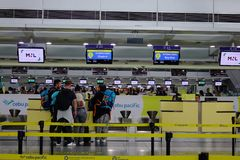 Εσωτερικό του αερολιμένα της Μανίλα στις Φιλιππίνες στοκ εικόνες