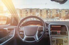 Εσωτερικό του αυτοκινήτου, του τιμονιού και του ταμπλό Στοκ Εικόνα
