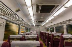 Εσωτερικό του ηλεκτρικού τραίνου με την επιχείρηση άδειων θέσεων transportat Στοκ εικόνες με δικαίωμα ελεύθερης χρήσης