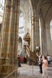 Εσωτερικό του καθεδρικού ναού των Αγίων Vitus - Πράγα Στοκ Εικόνα