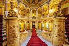 Εσωτερικό του κλασικού κτηρίου Στοκ Εικόνες