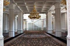 Εσωτερικό του μουσουλμανικού τεμένους Heydar στο Μπακού Στοκ Εικόνα