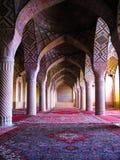 Εσωτερικό του μουσουλμανικού τεμένους του Nasir ol Molk, Shiraz, Ιράν Στοκ Εικόνες