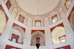 Εσωτερικό του τάφου Humayun στοκ εικόνες