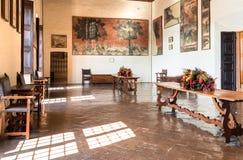 Εσωτερικό του φρουρίου Borromeo Angera ή Rocca Di Anger Είναι το Castle της λίμνης Maggiore σε Angera Στοκ Εικόνες