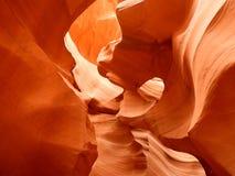 Εσωτερικό χαμηλότερο φαράγγι αντιλοπών - σχηματισμός βράχου - Αριζόνα Ναβάχο ΗΠΑ στοκ φωτογραφία με δικαίωμα ελεύθερης χρήσης