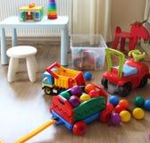 Εσωτερικό δωματίων παιδιών με τα παιχνίδια Στοκ φωτογραφία με δικαίωμα ελεύθερης χρήσης