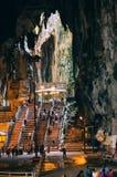 Εσωτερικό Batu ανασκάπτει μια επάνθιση ασβεστόλιθων που βρίσκεται ακριβώς βόρεια της Κουάλα Λουμπούρ Οι σπηλιές Batu έχουν τρεις  Στοκ Εικόνα