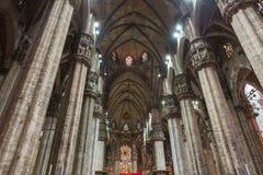 Εσωτερικό Duomo (καθεδρικός ναός) στο Μιλάνο στοκ φωτογραφία με δικαίωμα ελεύθερης χρήσης