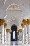 Εσωτερικό Sheikh του μουσουλμανικού τεμένους Zayed στο Αμπού Νταμπί, Ε.Α.Ε. Στοκ Εικόνες