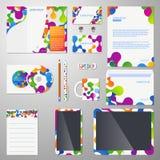 Εταιρικό διανυσματικό πρότυπο ταυτότητας με τη χρωματισμένη μοριακή δομή απεικόνιση αποθεμάτων