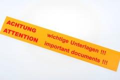 Ετικέτα - σημαντικά έγγραφα προσοχής!!! Στοκ φωτογραφία με δικαίωμα ελεύθερης χρήσης