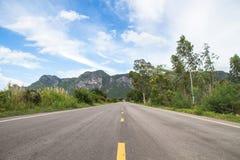 Ευθεία εθνική οδός στο εθνικό πάρκο roi SAM βουνών yod, Στοκ Εικόνες