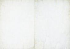ευθυγραμμισμένο ανασκόπηση κουρελιασμένο λευκό εγγράφου σελίδων σημειωματάριων Στοκ φωτογραφία με δικαίωμα ελεύθερης χρήσης