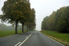 ευθυγραμμισμένο οδικό &delta Στοκ φωτογραφία με δικαίωμα ελεύθερης χρήσης
