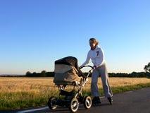 ευθύγραμμη μητέρα Στοκ φωτογραφία με δικαίωμα ελεύθερης χρήσης
