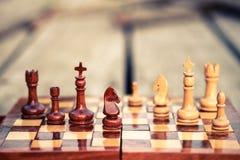 λευκός νικητής βασιλιάδων σκακιού μάχης Στοκ φωτογραφία με δικαίωμα ελεύθερης χρήσης