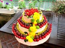 λευκό απομόνωσης καρπού κέικ Στοκ Εικόνες
