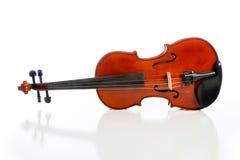 1 λευκό βιολιών μεγέθους 16 ανασκόπησης Στοκ φωτογραφία με δικαίωμα ελεύθερης χρήσης