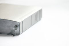 λευκό κινηματογραφήσεων σε πρώτο πλάνο βιβλίων ανασκόπησης Βίβλων κλειστός Στοκ φωτογραφίες με δικαίωμα ελεύθερης χρήσης