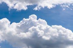 λευκό ουρανού σύννεφων Στοκ εικόνα με δικαίωμα ελεύθερης χρήσης