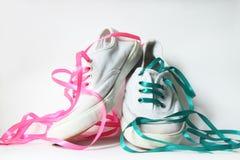 λευκό πάνινων παπουτσιών στοκ φωτογραφίες