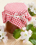 λευκό φωτογραφιών μαρμελάδας ανασκόπησης μήλων Στοκ φωτογραφία με δικαίωμα ελεύθερης χρήσης
